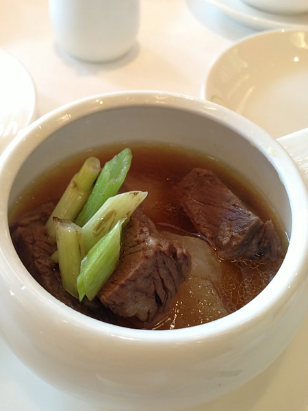 Braised de-boned short ribs in spicy Sze-Chuan sauce