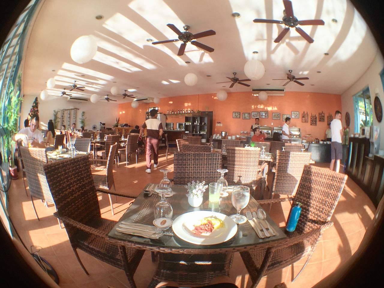 MICROTEL HOTEL Palawan breakfast - 1